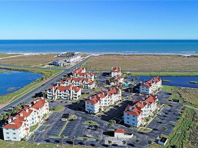 Photo for North Padre beach condo steps from Whitecap Beach