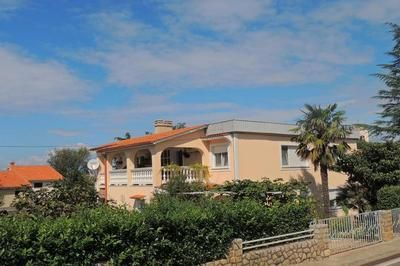 Photo for Holiday apartment Malinska for 8 - 9 persons with 4 bedrooms - Holiday apartment