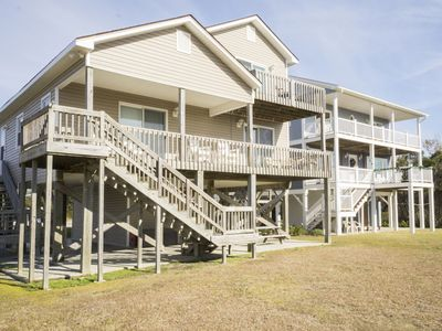 Photo for Comfortable 4 Bed/2 Bath Traditional Beach Home on Oak Island
