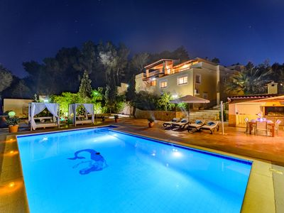 Photo for Villa Ibicenca with pool, barbecue, panoramic views near Ibiza Town