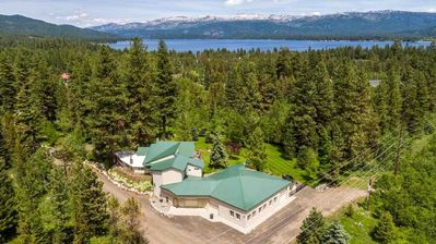 Photo for Seasons at McCall - Indoor Salt Water Pool and Outdoor Hot Tub