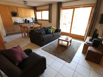 Photo for Spacious Self-Catered 2-bedroom Apartment | Central Location