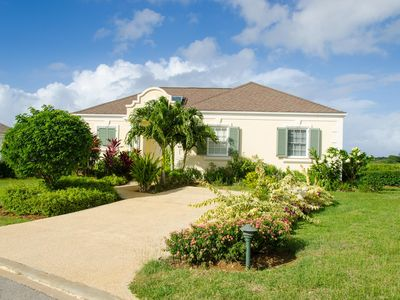 Photo for Beautiful three bedroom villa in gated community