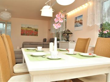 Search 150 holiday rentals
