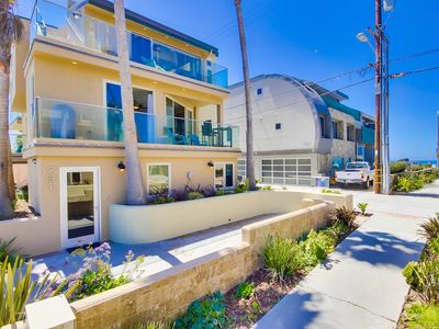 Photo for 4 Bedroom Ocean View Townhouse with Private Rooftop Deck!