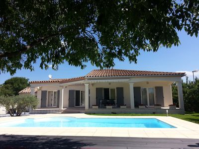 Photo for Air Conditioned Villa and Pool between Sea and Countryside (Gde Motte 20 ', Sommières 10')