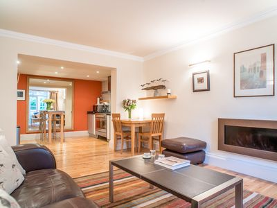 Photo for Contemporary 2 bedroom/2 bathroom, Georgian New Town apartment with garden