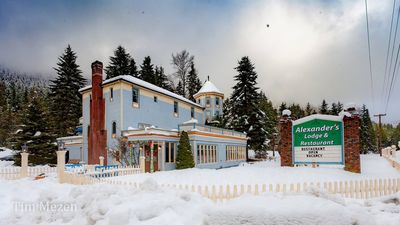 Alexander's Lodge At Mt Rainier(2 beds, breakfast included)