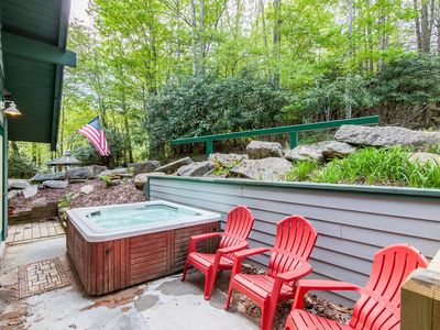 Photo for Club Amenities, Hot Tub, Beautiful Views, Close To Ski Slopes