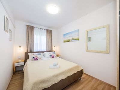 Photo for Air-conditioned apartment for 4-5 persons, fully equipped | 100m from the sandy beach