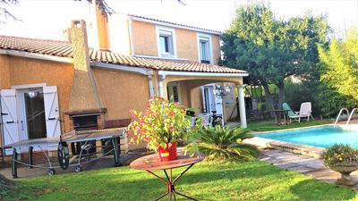 Photo for Spacious and comfortable house with pool near Montpellier