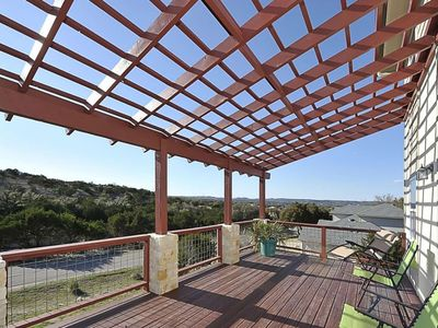 Photo for Get Away from it All & Bring the Family! 3 Miles to Lake Travis, Game Room, Master w/King & Balcony