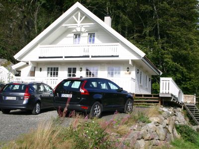 Photo for Beautiful holiday home for 8 persons directly at the fjord