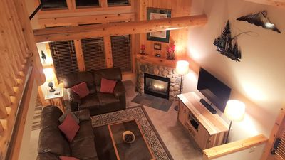 Photo for Luxurious 3BR/2BA Eagle Crest Chalet on Golf Course w/ Private Hot Tub & Garage