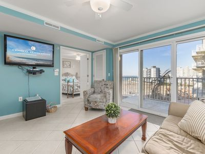 Great Location, Near Convention Center and the Beach