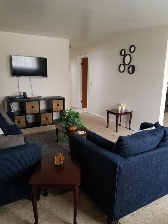 Comfortable and spacious 2 bedroom apartment in cincinnati - 2 bedroom apartments in cincinnati ...
