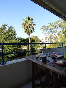 Photo for Apartment F2 Fréjus 4 pers terrace parking swimming pool