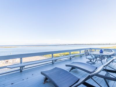 Direct Waterfront House Sleeps 10