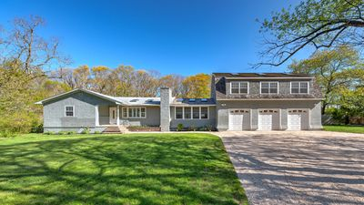 Photo for New Listing: Conveniently located between Southampton and Bridgehampton