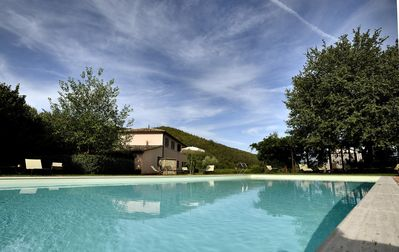 "Photo for Casa ""Olivo"" in the countryside with swimming pool. Relax, city, nature parks, events."