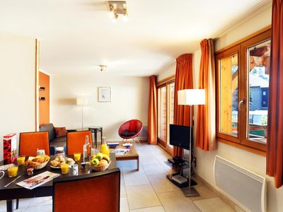 Photo for Wifi, 300m from resort center, fitness, swimming pool, tv, ski locker, 25m², Serre Chevalier
