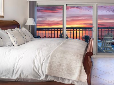 Photo for Oceanfront Penthouse, 2 King Master Suites, 3 HDTVs, 2 Pools, Tennis, Beach Gear