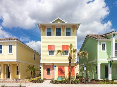Photo for Margaritaville Resort Orlando - 3 bedroom/3 bath cottage - 8065 Dreamsicle Drive
