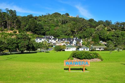 welcome to Waiwera - Coachtrail villas in background