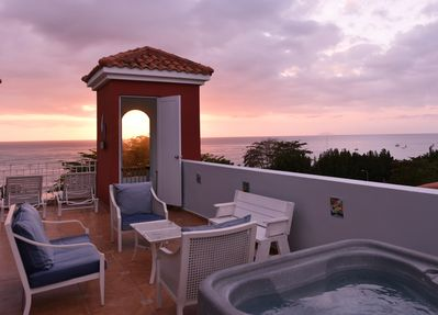 Terrace with private Jacuzzi and BBQ