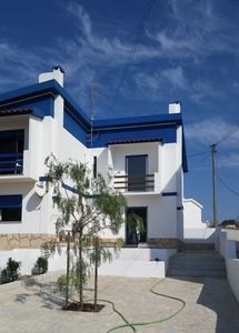 Photo for Beautiful house in quiet, authentic village, 50 steps from the beach