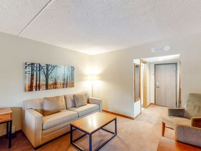 Photo for Room on 2nd floor on bus route, ski-in/ski-out access, free airport shuttle