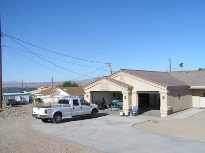 Photo for HAVASU HOME IN QUIET CULTSAC. 1 MILE FROM WINDSOR LAUNCH $150 A NIGHT