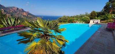 Photo for Villa 14 people, swimming pool and sea view