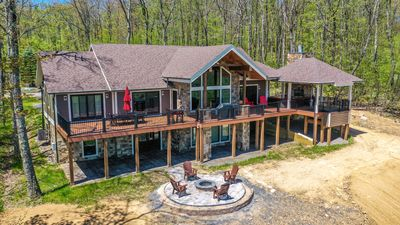 Photo for Lookout Lodge: Enjoy Lake & Mountain Views with Lots of Amenities!