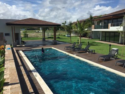 Beautiful Townhouse in Beach Condo with Swimming Pool