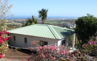 Photo for Beautiful Bungalow 40m2 panoramic sea view