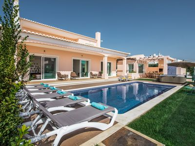 Photo for 6 bed room villa Albufeira + Private  Heated Pool