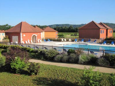 Photo for One bedroom Apartment, sleeps 4 in Lagardelle-sur-Lèze with Pool and WiFi