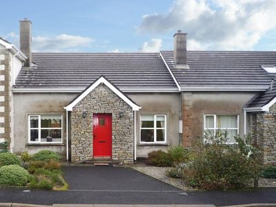 Photo for 3 bedroom accommodation in Ballyliffin