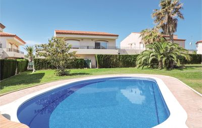 Photo for 4 bedroom accommodation in Miami Platja