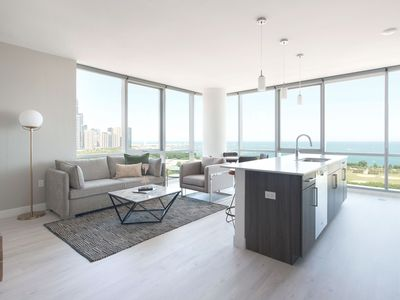 Photo for Sonder | Essex on the Park | Desirable 1BR + View