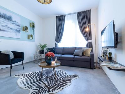 Photo for Beautiful 1 bedroom in great central area