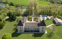Awesome Chateaux