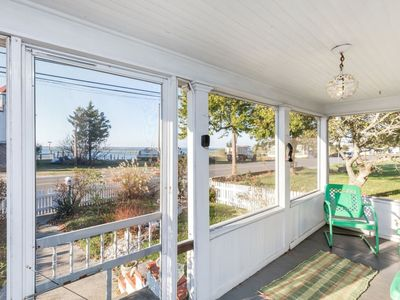 Photo for A beautifully Restored 2 Bedroom/1.5 Bath Bay View Home that will steal your heart.