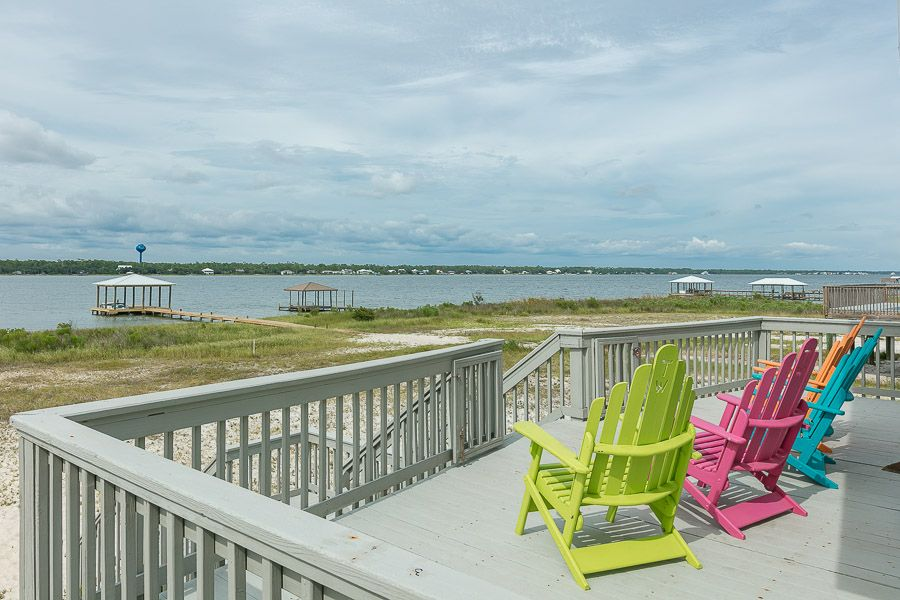 Toes in the Water: 4 BR / 3 BA house in Gulf Shores, Sleeps 13