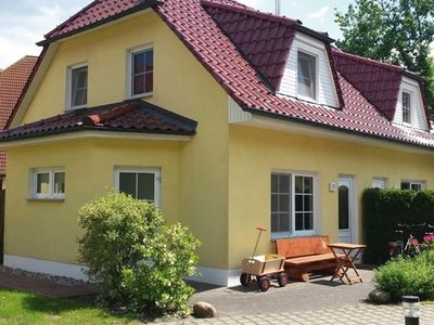 Photo for Holiday home for 5 guests with 71m² in Zingst (21645)