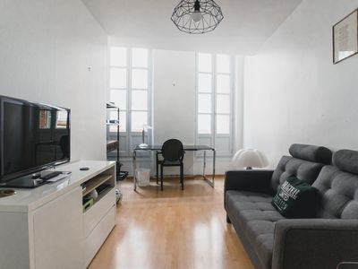 Photo for Cosy flat in Toulouse city centre