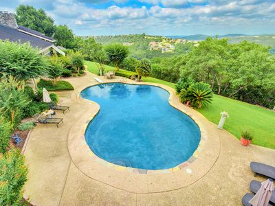 Photo for Hill Country View Villa