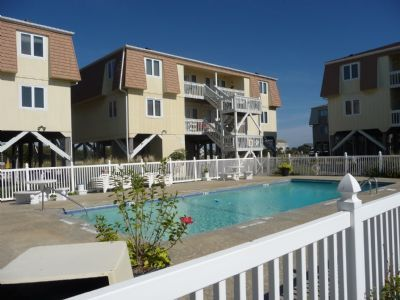 Photo for SW AA2  This peaceful unit located on the top floor features stunning views of the ocean.