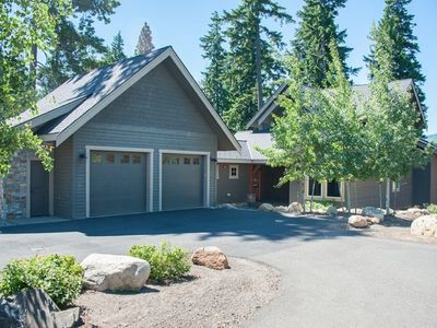 Photo for BBQ, Hot Tub, Fire Pit, Golf Course Views, Close to Pool, and Full Resort Access